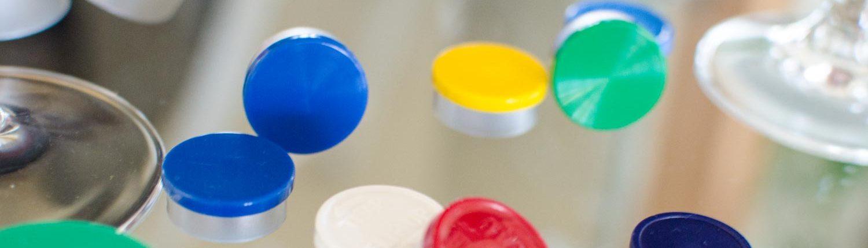 Flipp-Off Kappen zum Verschluss von Injektionsflaschen